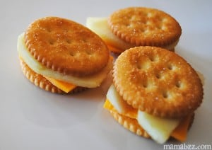 Ritz crackers with apples and cheese