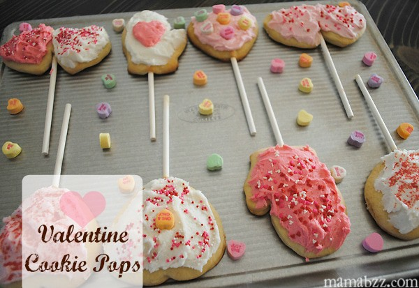 Valentine's Day Cookie Pops {MamaBuzz}
