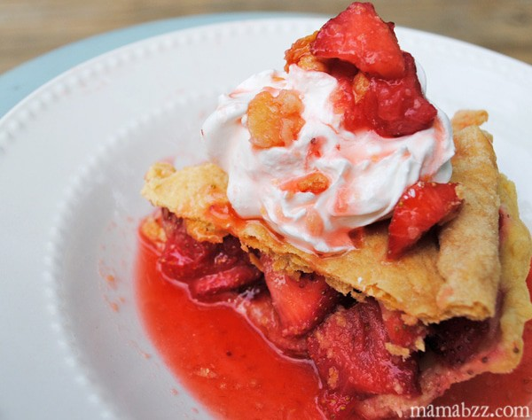 Strawberry-Pie-with-Whipped-Topping