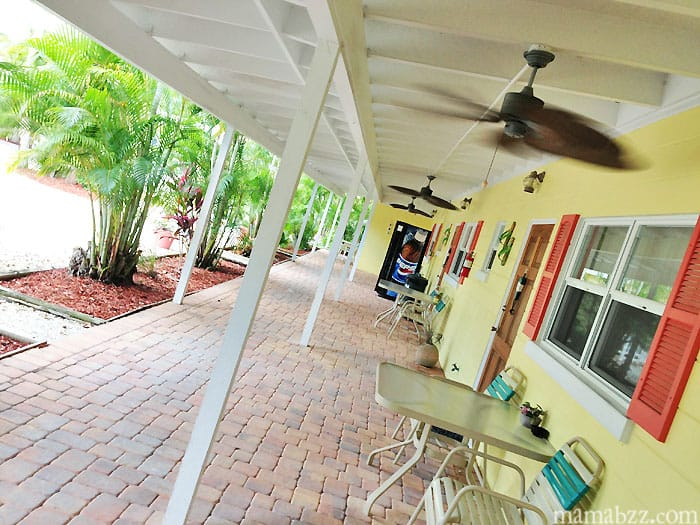 Anchor Inn Rooms, tables, and vending on Sanibel