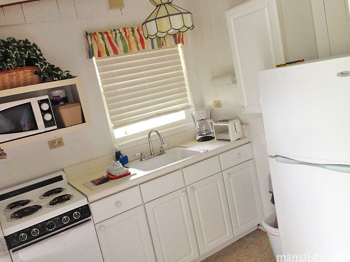 Kitchen in room at Anchor Inn and Cottages Sanibel