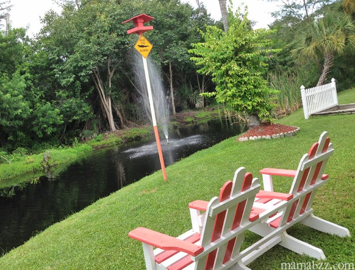Relax with the alligators at Anchor Inn and Cottages