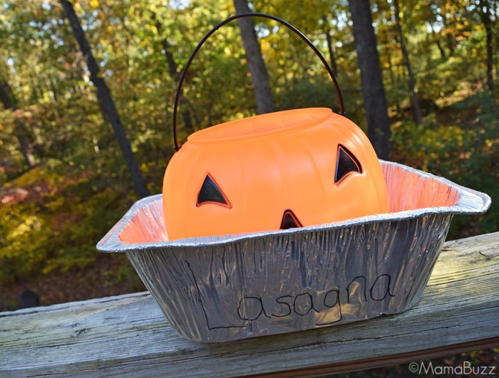Lasagna Trick or Treat Bucket for Garfield Costume {MamaBuzz - mamabzz.com}
