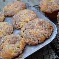 Caramel Pear Crumble Muffins {MamaBuzz - mamabzz.com}