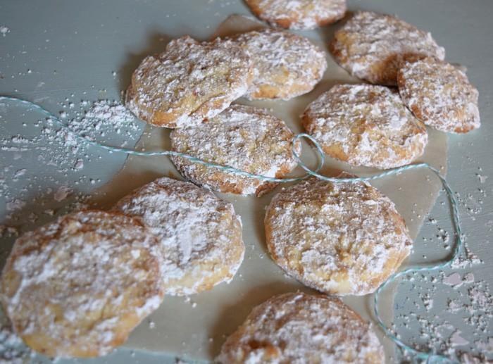 Christmas Cookie Recipe {MamaBuzz - mamabzz.com}