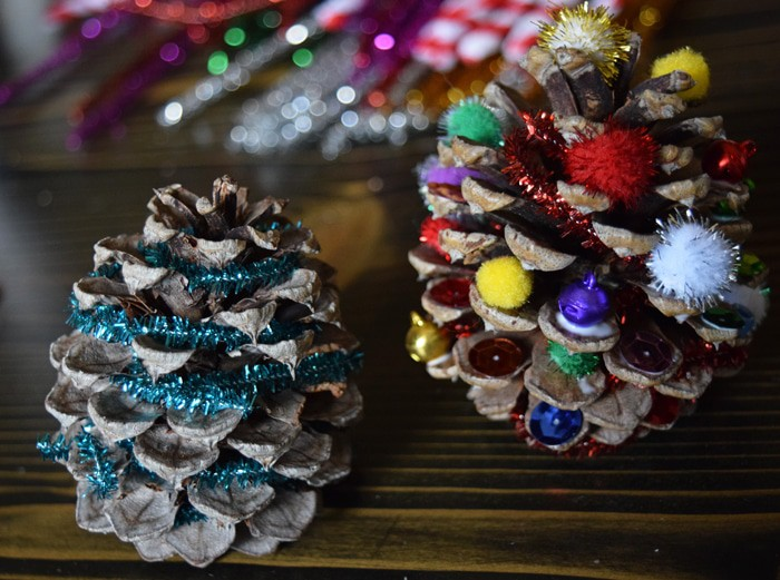Christmas Tree Pinecones with jewels and garland