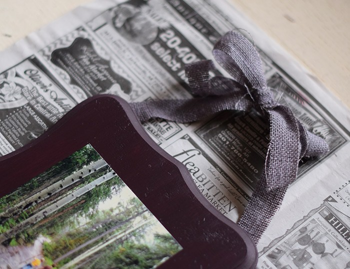 I love me some Mod Podge. Photos are the perfect way to add a meaningful touch to your home decor. Mod Podge pictures on wood to preserve your favorite memories or to create amazing DIY gifts.