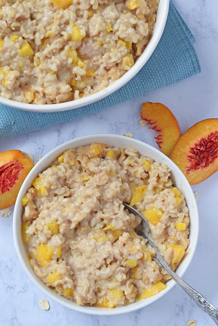Instant Pot Peaches and Cream Oatmeal makes an easy breakfast idea you can throw together quickly. Just add the ingredients to your Instant Pot, pop on the lid, and it practically makes itself, giving you time to focus on getting ready for your day.