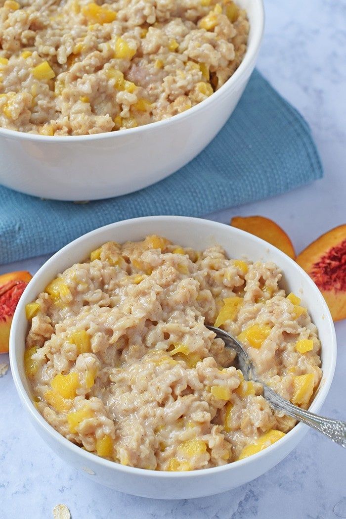 How to make Instant Pot Peaches and Cream Oatmeal for an easy weekday breakfast the whole family will love!