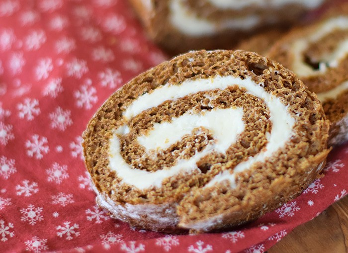 Pumpkin Roll is one of those staple Thanksgiving desserts our family never forgets. Add this oh so scrumptious recipe to your holiday menu or food list, and make one for your Thanksgiving dinner!