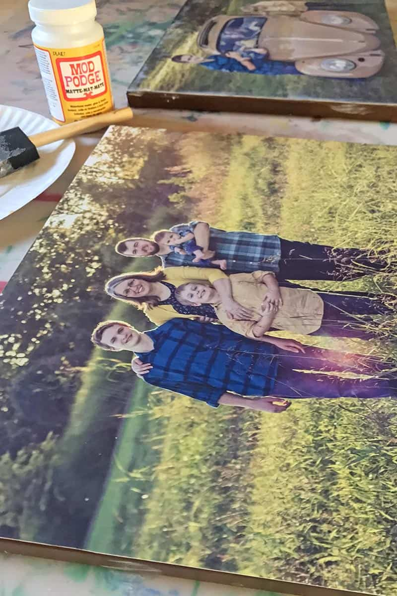 applying a photo transfer to canvas with Matte Finish Mod Podge