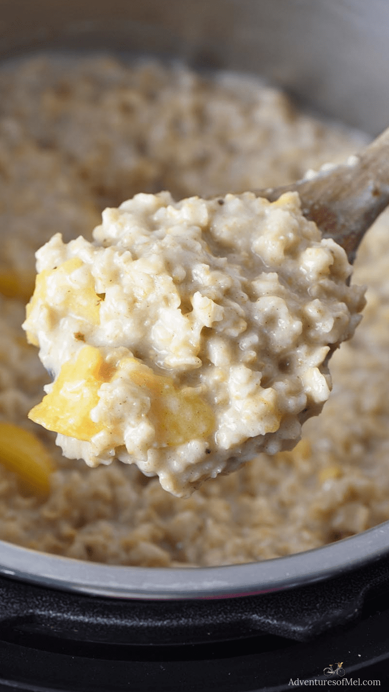 how to make Instant Pot oatmeal, peaches and cream oatmeal recipe