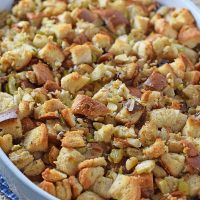 How to make Apple Walnut Bread Stuffing with simple, delicious ingredients. Perfect Thanksgiving side dish the whole family will love. Easy recipe!