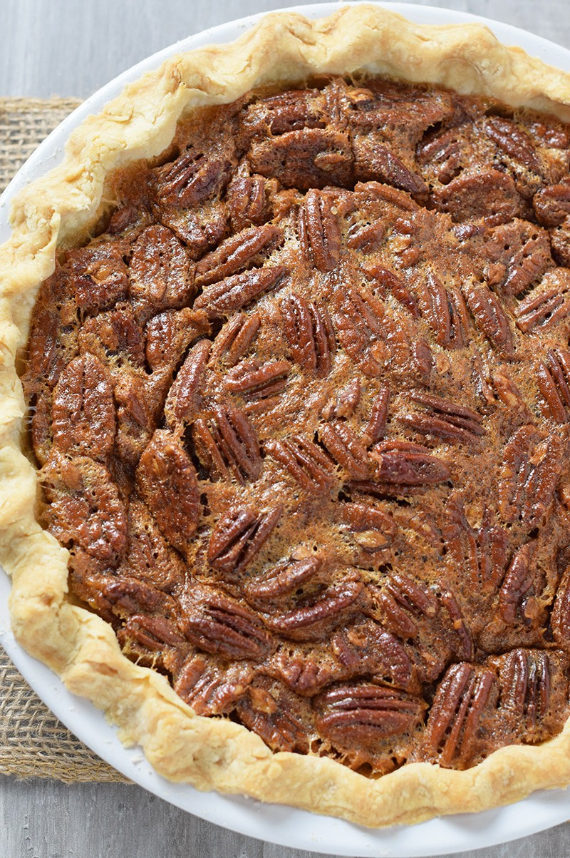 Simple And Easy Classic Pecan Pie Recipe Adventures Of Mel