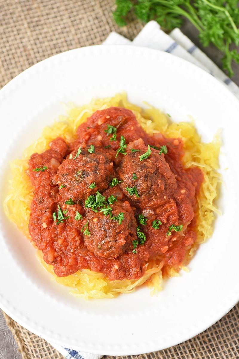 Delicious Spaghetti Squash Spaghetti and Meatball Dish