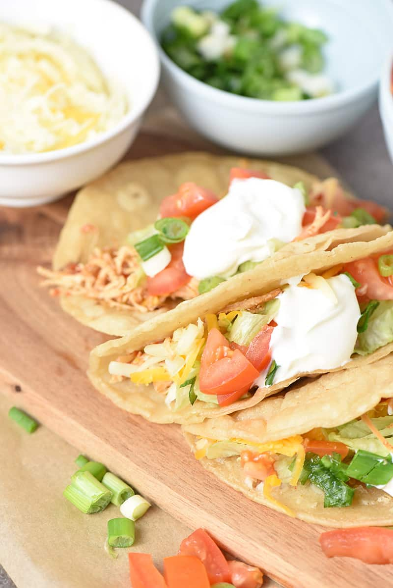 how to make shredded chicken tacos with fresh ingredients, Instant Pot taco chicken, fresh ingredients, and sour cream