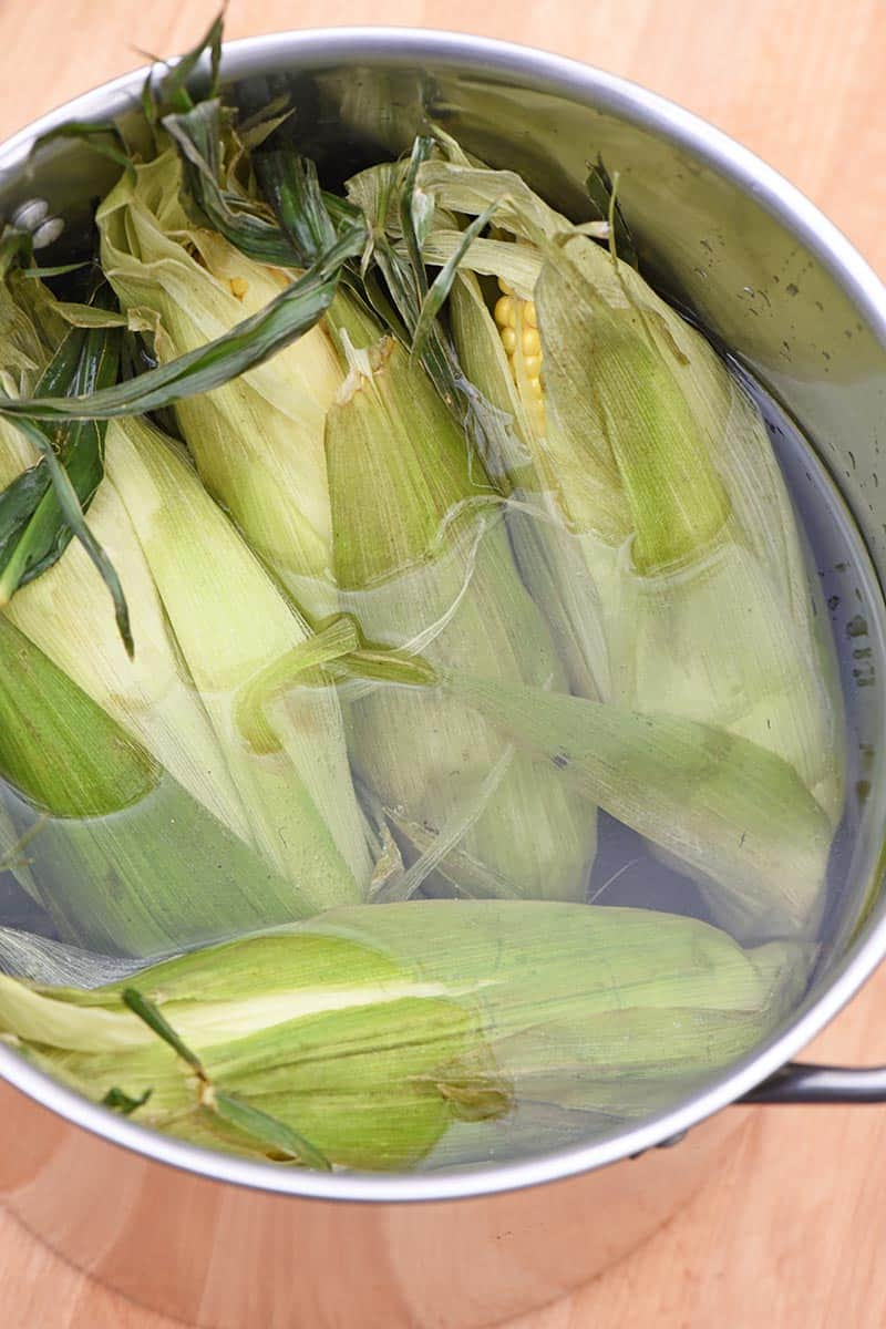 soaking grilled corn in the husk before grilling
