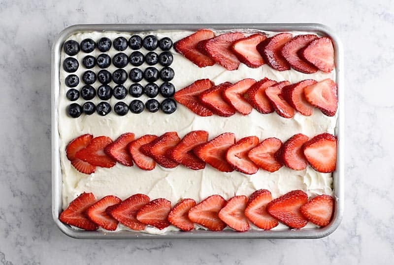 4th of July desserts flag cake
