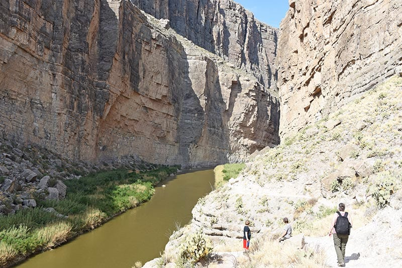hiking in Santa Elena Canyon with kids
