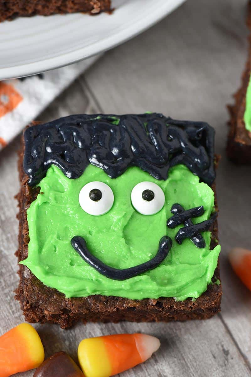 close up Frankenstein Halloween Brownies easy Halloween snacks recipe
