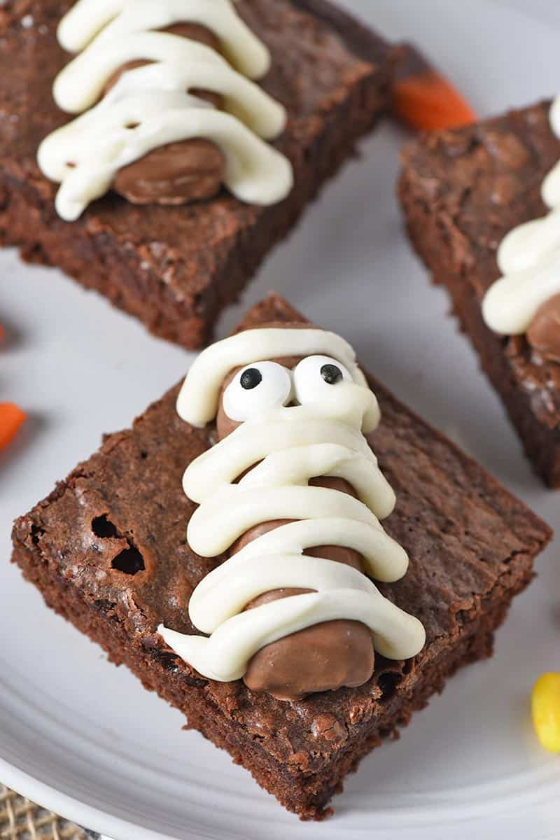 icing wrapped mummy Twix bar decorated Halloween brownies