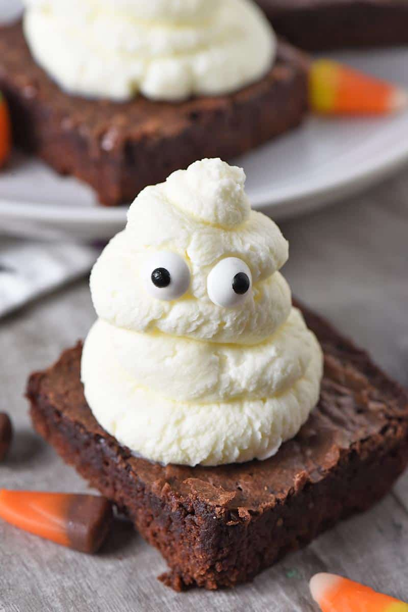 whipped cream ghost halloween brownies for easy halloween snacks