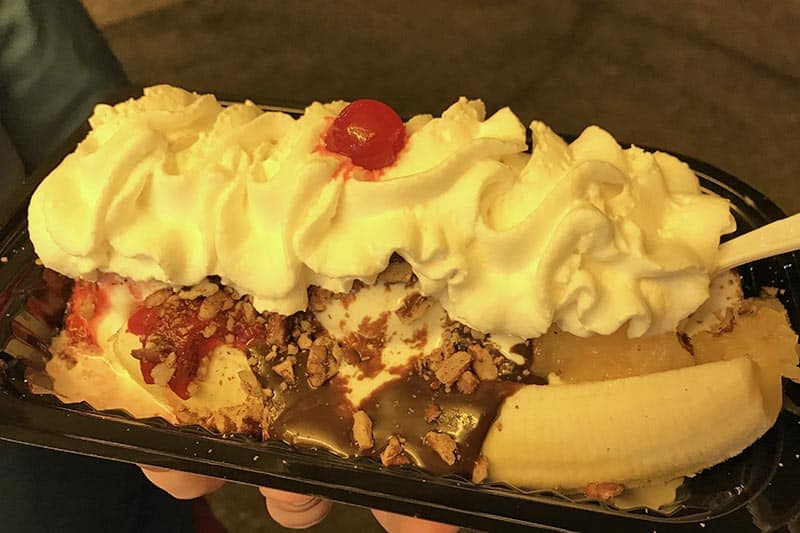 banana split St. Louis foods from Ted Drewes