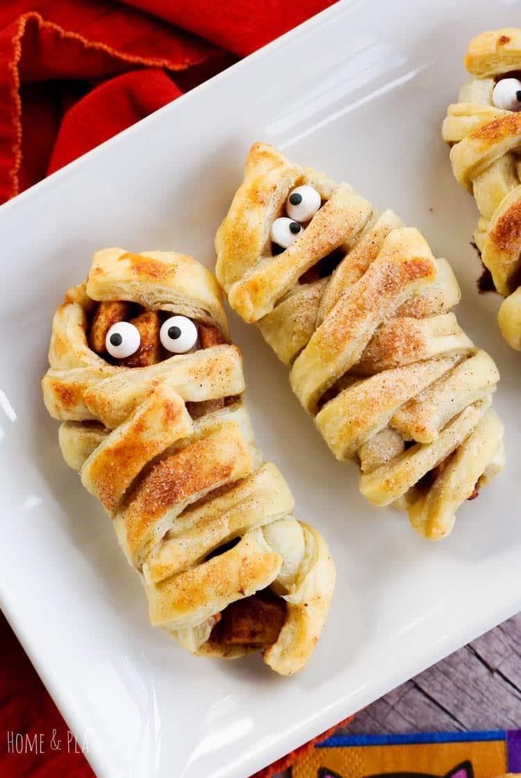 Mummy Apple Turnovers Halloween Treats