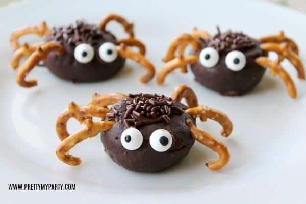 Mini Chocolate Donut Spiders Halloween Treats