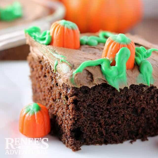 Pumpkin Patch Cake Halloween Treats