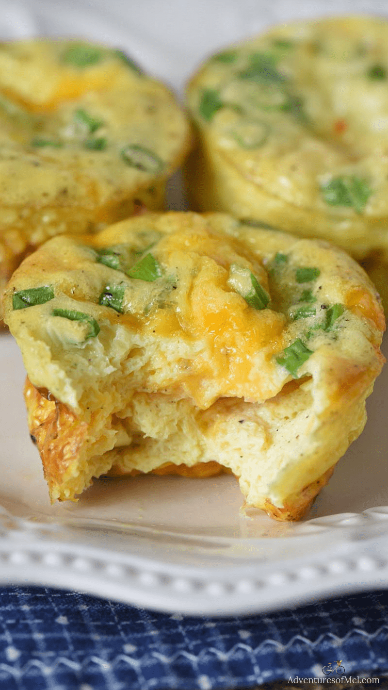 easy breakfast recipe, ham and cheese egg muffins