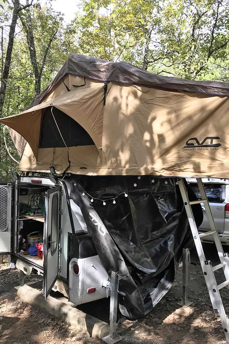 roof top tent on camp trailer in Petit Jean State Park