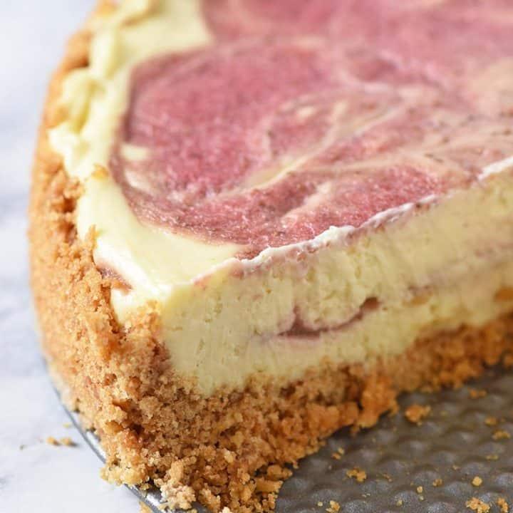 Strawberry cheesecake with graham cracker crust