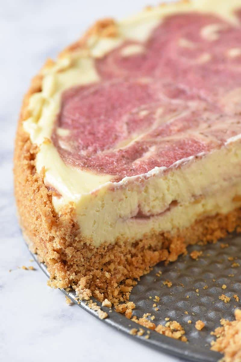 Strawberry cheesecake with graham cracker crust