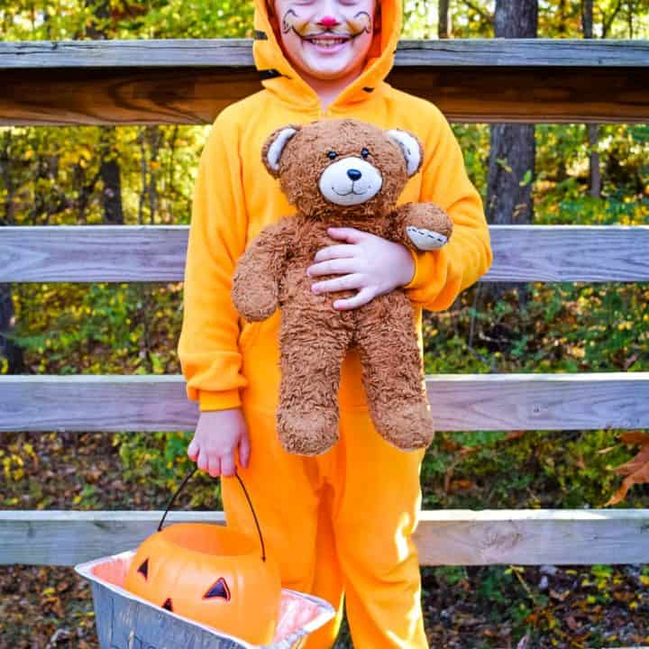 How to Make a DIY Garfield Halloween Costume