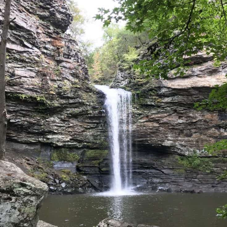 Hiking Cedar Falls Trail in Petit Jean State Park