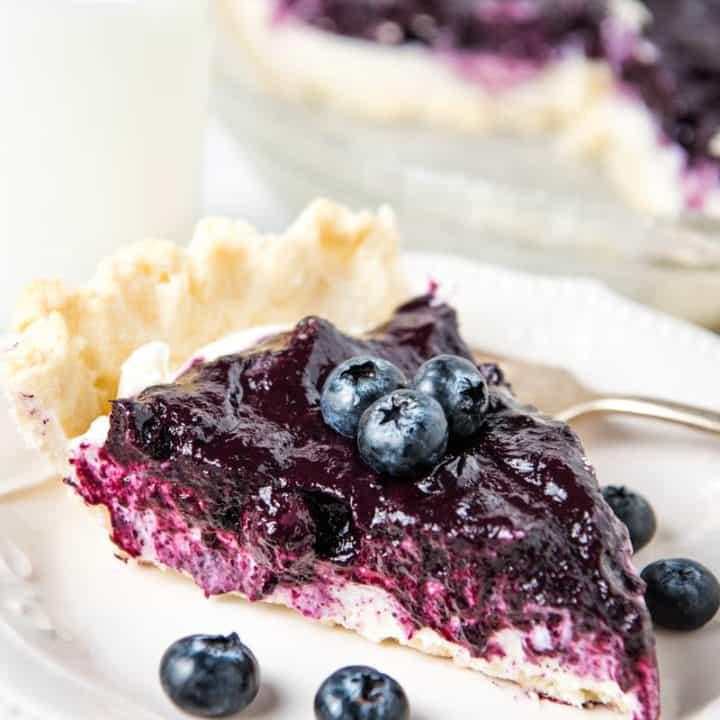 Easy Blueberry Cream Cheese Pie